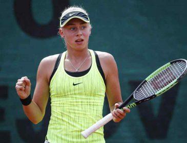 15-річна харків'янка Дар'я Лопатецька виграла турнір з тенісу в Гонконгу, обігравши 23-річну чешку