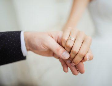 Роман в 14 років: відомий спортсмен наважився на весілля з коханою дівчиною