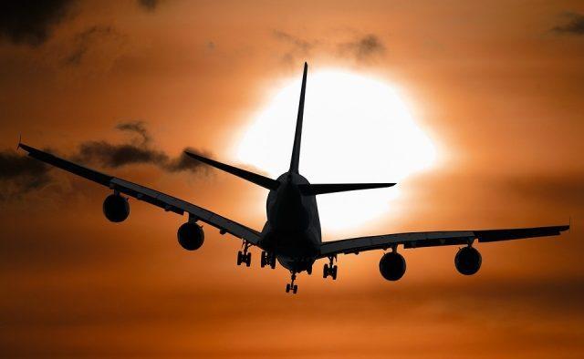 Літак разом з відомим футболістом пропав з радарів